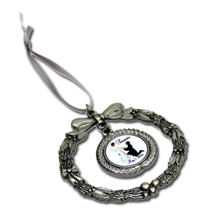 P15 - Pewter Ornament
